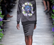 givenchy-animal-face-sweater-winter-2012