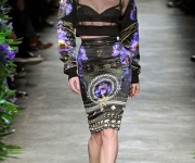 givenchyfall43-givenchy-fall-2011-paris-fashion-week