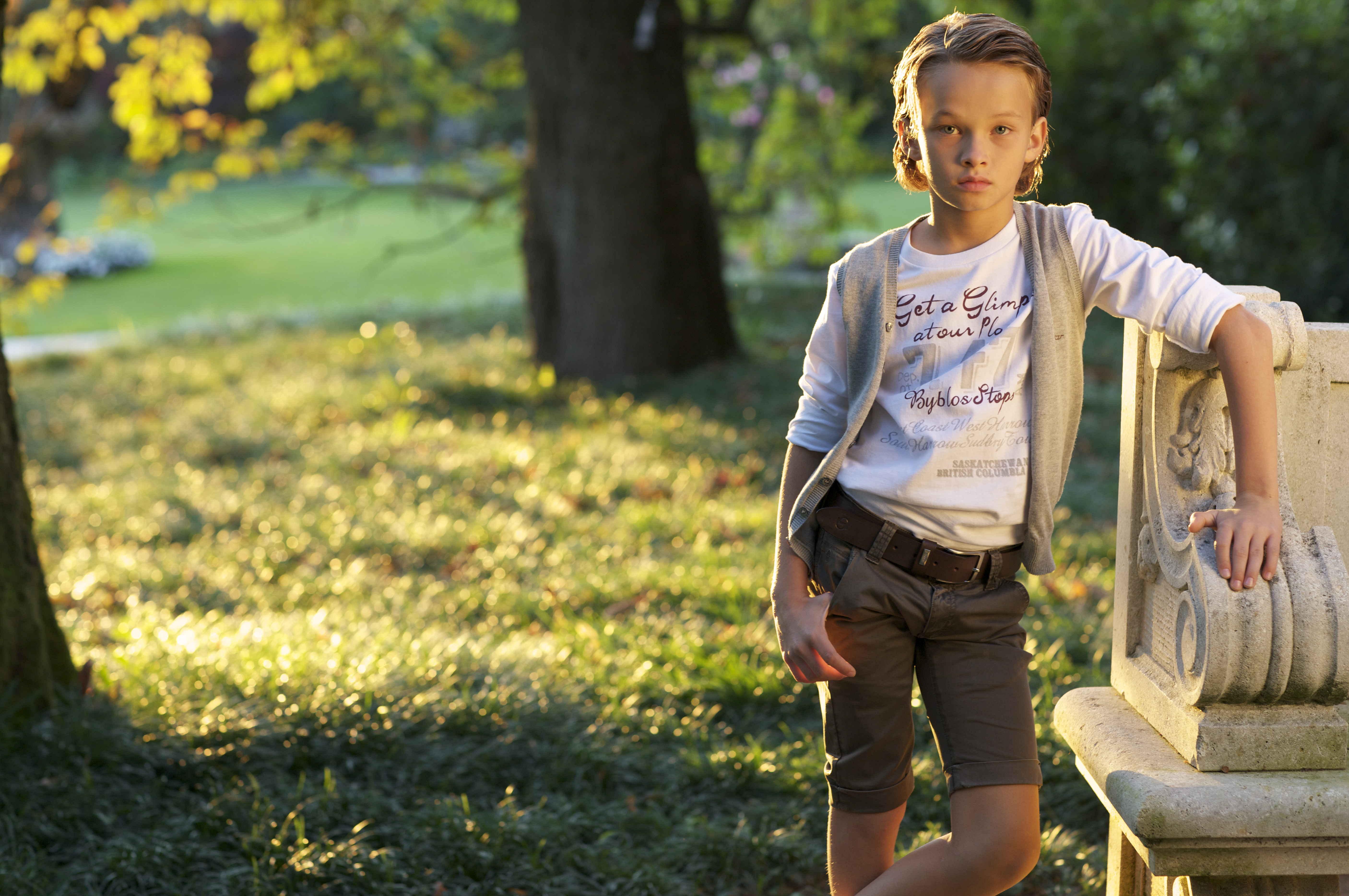 Девушка 13 лет фото без лица на аву