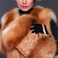 Меховая муфта и наушники – теплое и стильное дополнение имиджа