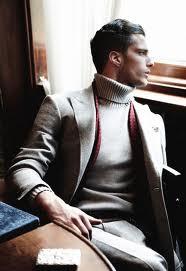 Мужская водолазка в образе стильного мужчины Фото