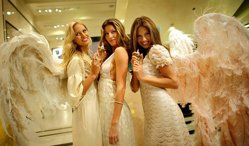 Ангелы Victoria `s Secret  Фото