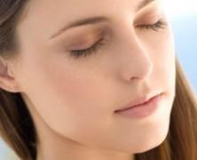 Как исправить недостатки внешности при помощи косметики