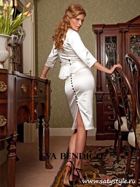 Кроме того, свадебный костюм в стиле денди имеет ряд преимуществ перед классическими платьями. Он более удобен, чем длинные платья и, как правило