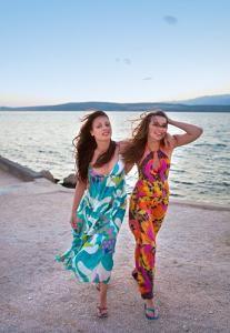 Resort Casual Dress Code - Dress Xy