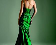 Платье зеленого цвета. С чем сочетать?