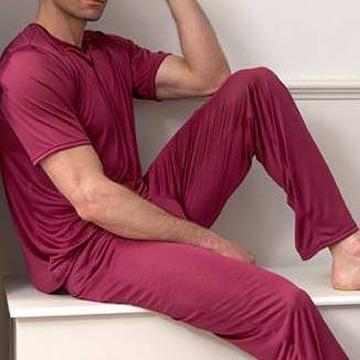 Ночное белье и пижамы для мужчин Фото